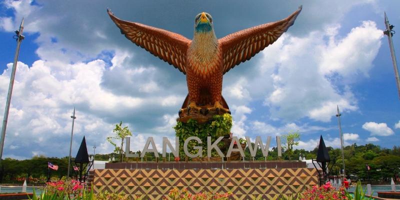 Singapūra-Malaizija ar pludmales atpūtu skaistajā Langkawi salā (14 dienas)