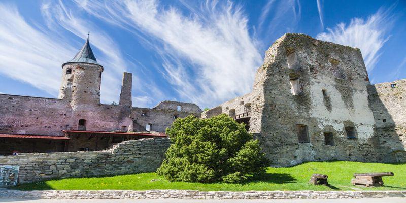 Igaunijas viduslaiku pilis